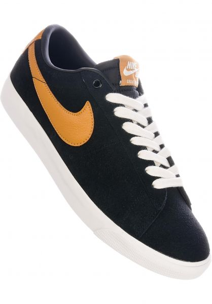 free shipping 87d56 cace5 Nike SB Blazer Low GT