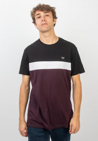 iriedaily T-Shirts Court aubergine vorderansicht 0320401