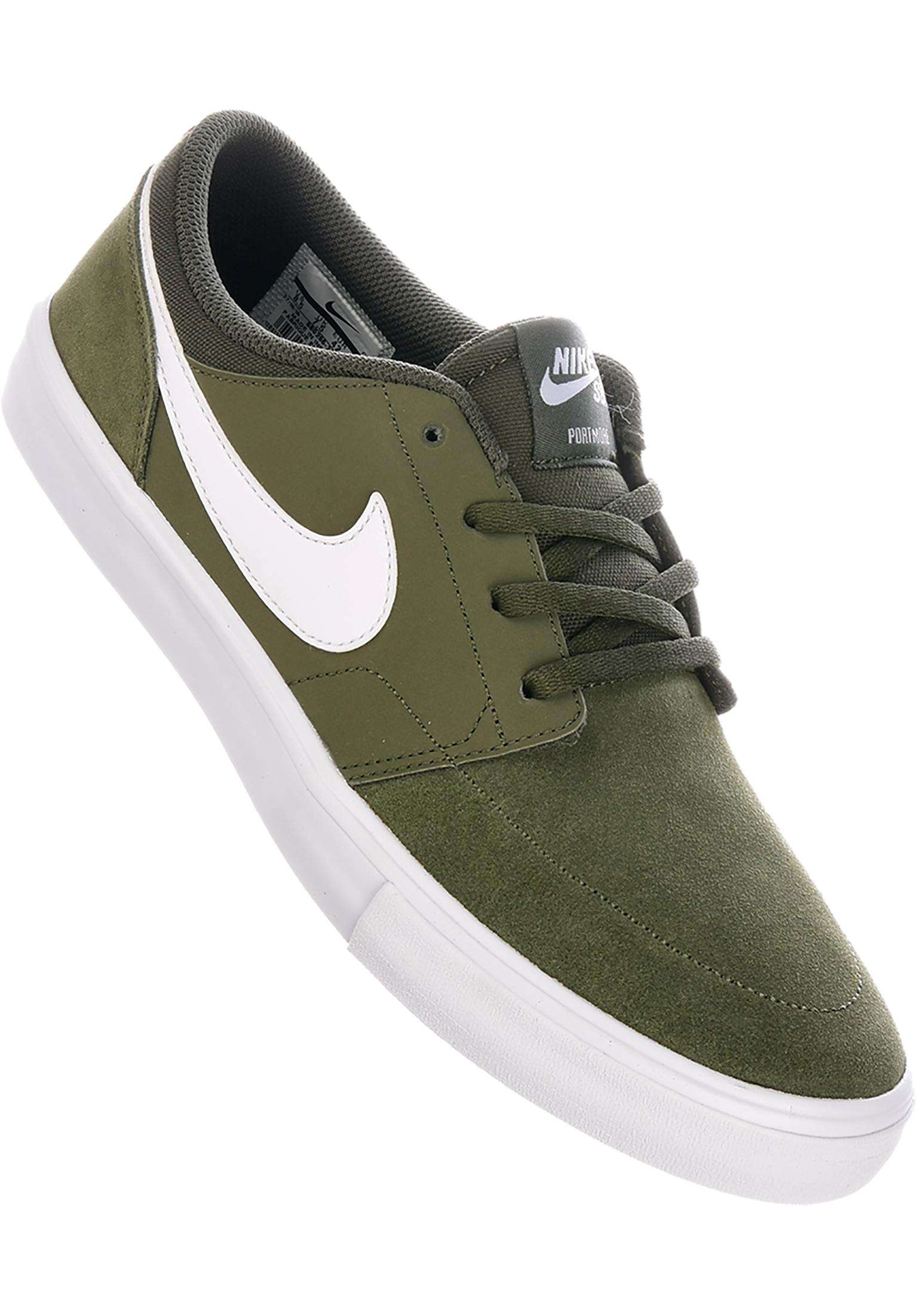huge selection of 457df ee93d Solarsoft Portmore II Nike SB All Shoes in cargokhaki-white for Men   Titus