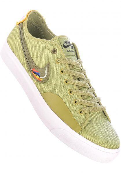 Nike SB Alle Schuhe Blazer Court Daan Van Der Linden dustyolive-lightbone vorderansicht 0605003