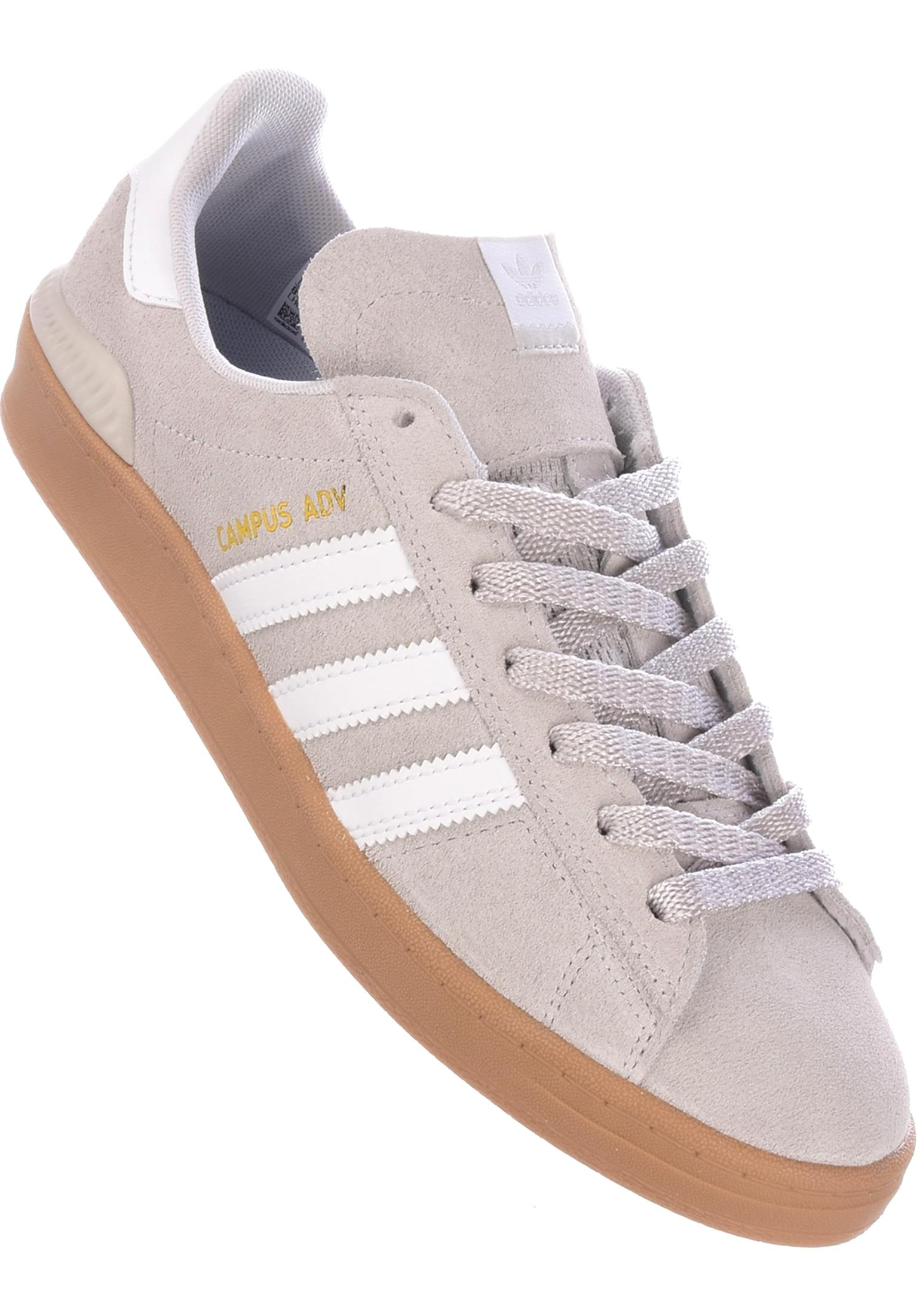 the latest d7e62 13d75 Campus ADV adidas-skateboarding Tutte le scarpe in grey-white-gold da Uomo    Titus