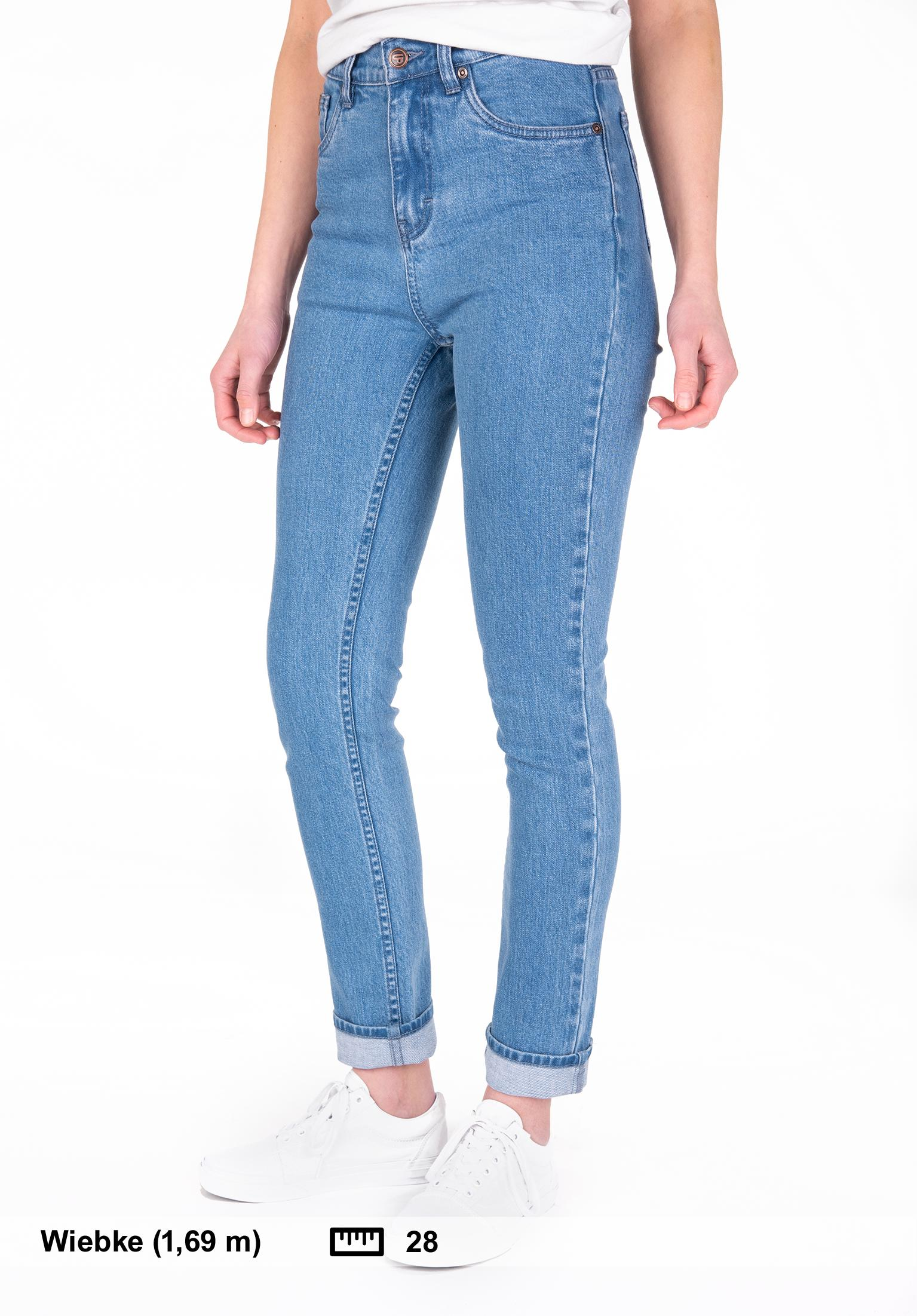 35f5d74312fb Buy pants and jeans for women in the Titus Onlineshop