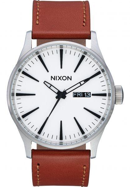 Nixon Uhren The Sentry Leather white-sunray-saddle vorderansicht 0810138
