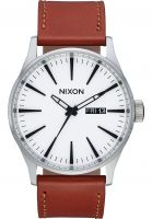 nixon-uhren-the-sentry-leather-white-sunray-saddle-vorderansicht-0810138