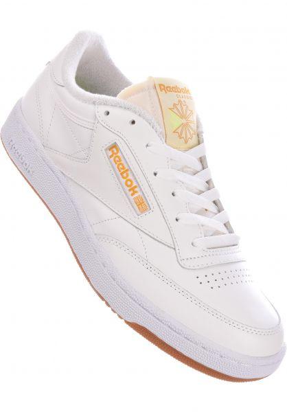 Reebok Alle Schuhe Club C 85 white-paleyellow-brgoch vorderansicht 0604518