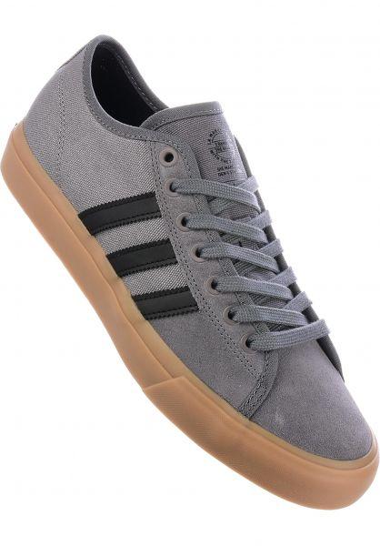 adidas-skateboarding Alle Schuhe Matchcourt RX grey-black-gum Vorderansicht dc784367f850
