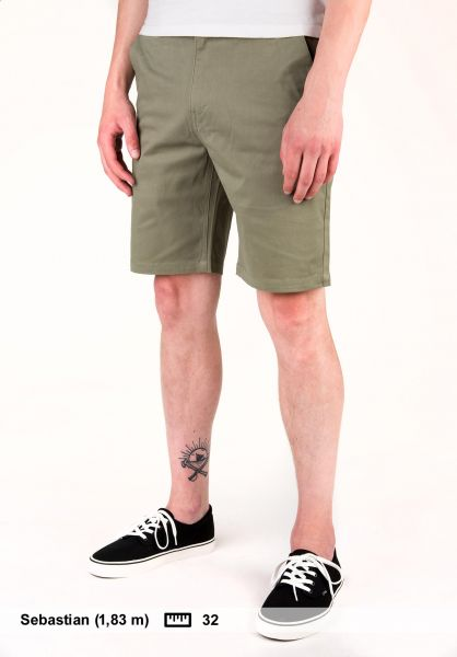Light Chinoshorts Grid olive Vorderansicht