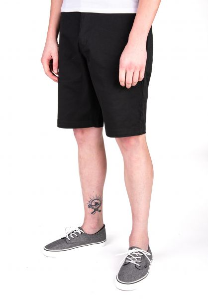 RVCA Chinoshorts Weekend Stretch black vorderansicht 0281010