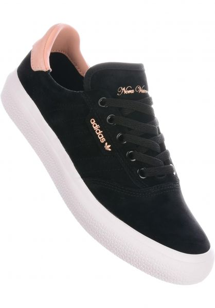 adidas Alle Schuhe 3MC x Nora coreblack-white-glowpink vorderansicht 0612524