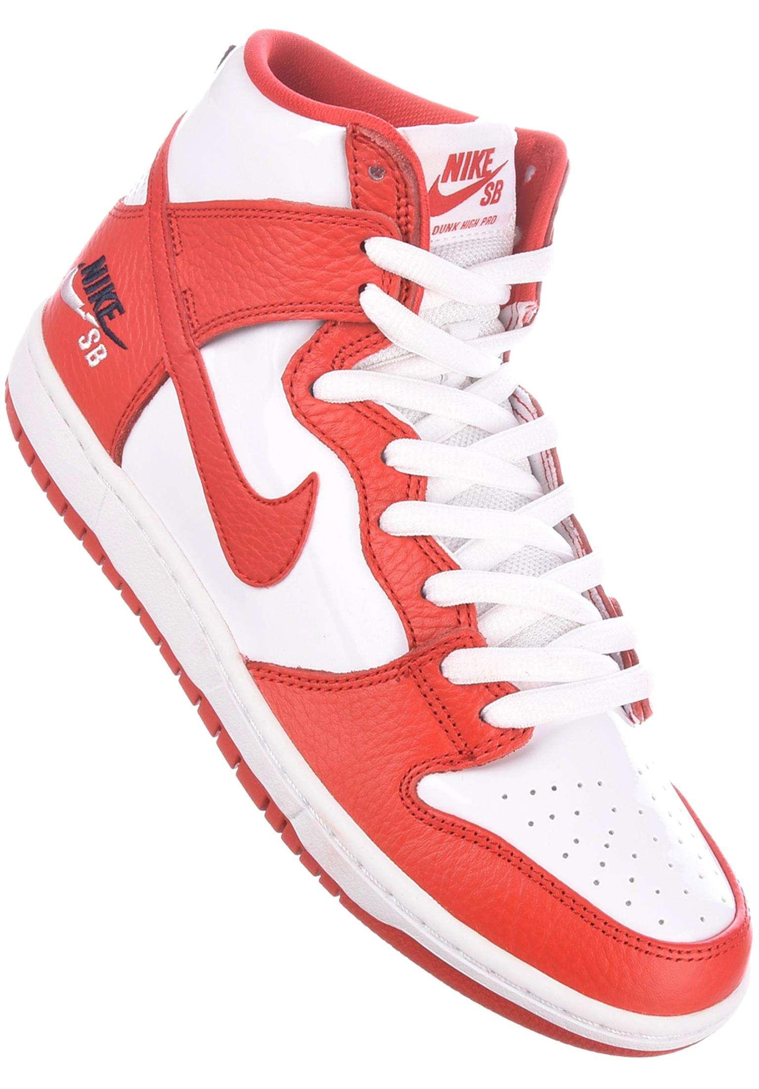 hot sales 0cce4 3889e Dunk High Pro Nike SB Alle Schoenen in universityred-universityred voor  Heren  Titus