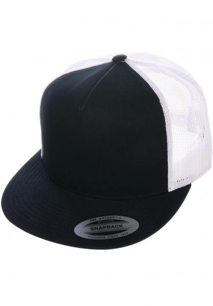 Flexfit Caps Flat Trucker Cap black-black-white vorderansicht 0566388