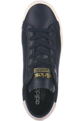 adidas Court Vantage