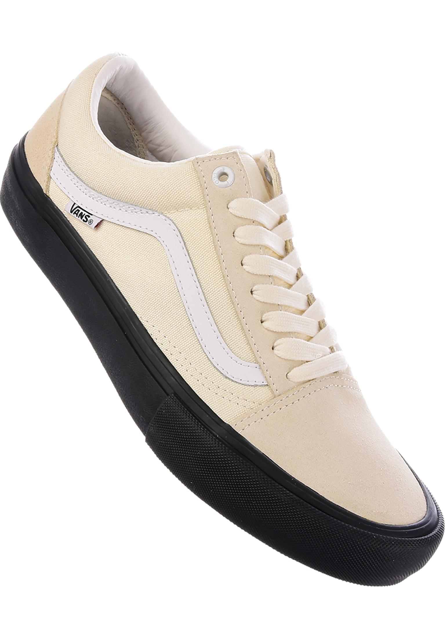 b3ff11b69b58 Old Skool Pro Vans All Shoes in classicwhite-black for Men