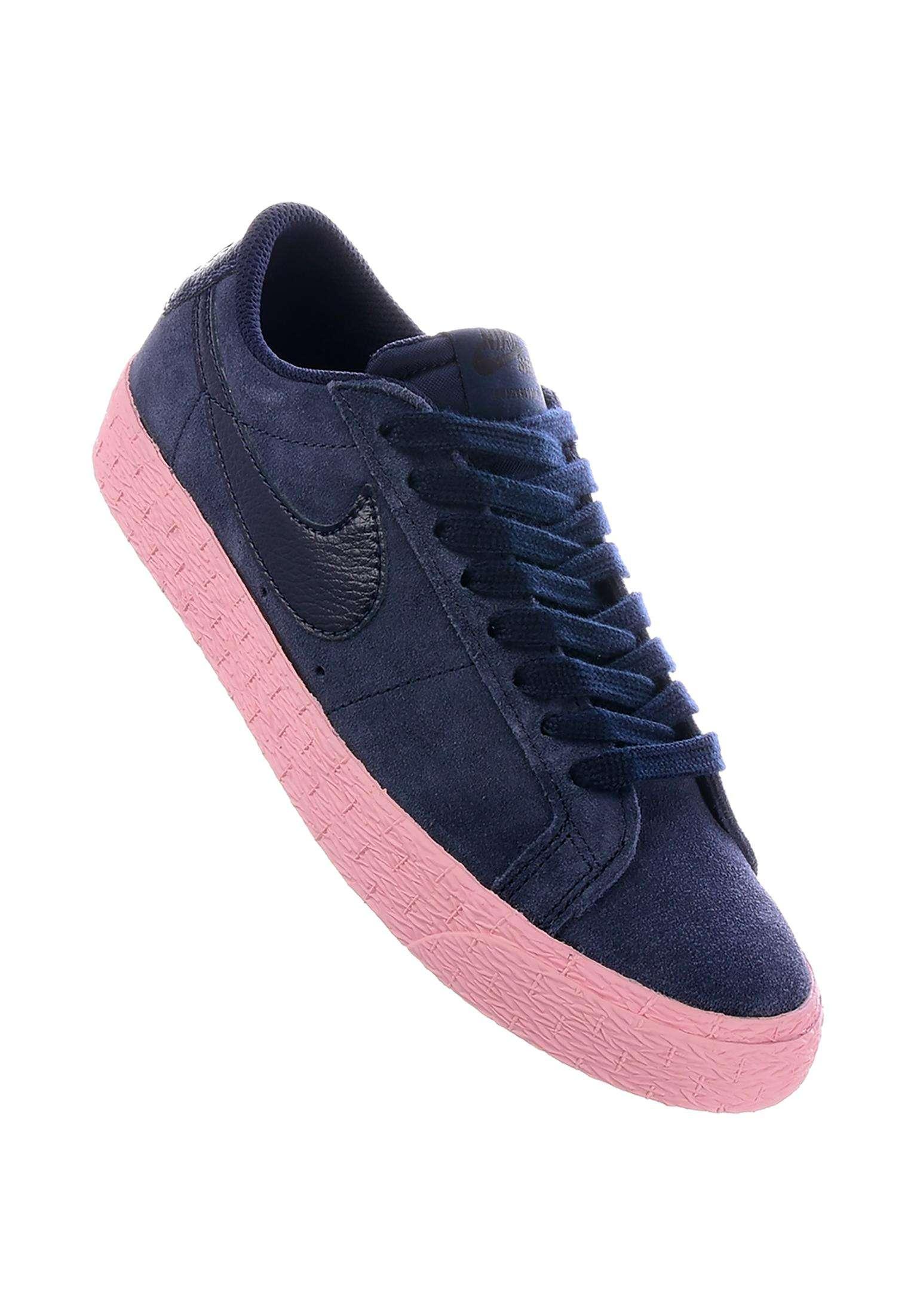 Zoom Blazer Low Nike SB All Shoes in obsidian-obsidian-bubblegum for Women   867aa2e5c