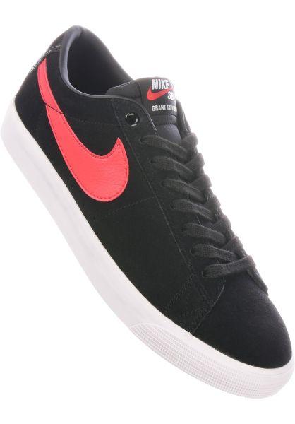 Nike SB Alle Schuhe Blazer Low GT black-universityred vorderansicht 0603696
