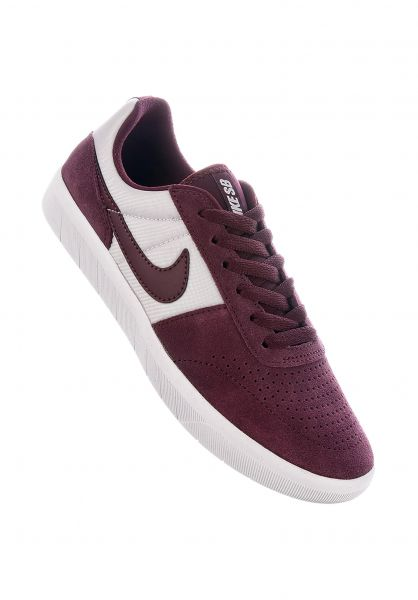 Nike SB Alle Schuhe Team Classic burgundycrush-burgundycrush-white vorderansicht 0612469