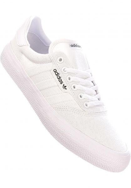 adidas-skateboarding Alle Schuhe 3MC white-white-goldmetallic vorderansicht 0604427