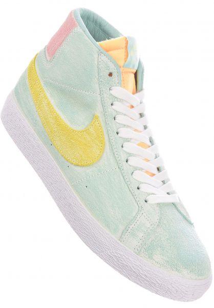 Nike SB Alle Schuhe Zoom Blazer Mid Premium lightdew-lightzitron-greenglow vorderansicht 0604906