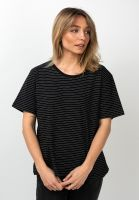 forvert-t-shirts-johanna-black-white-vorderansicht-0320107