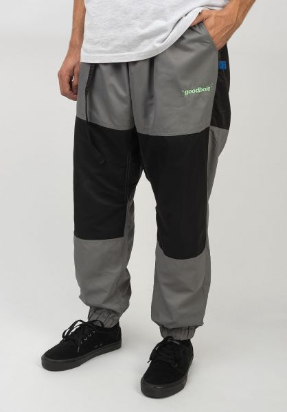 Goodbois Jogginghosen Official Tech Track Pants grey-black-white vorderansicht 0680238
