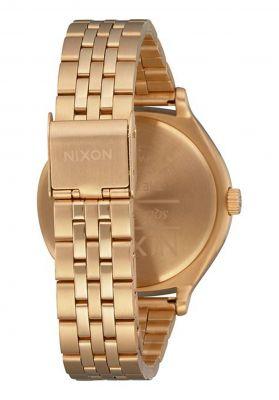 Nixon The Clique