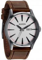 Nixon-Uhren-The-Sentry-Leather-silver-brown-Vorderansicht