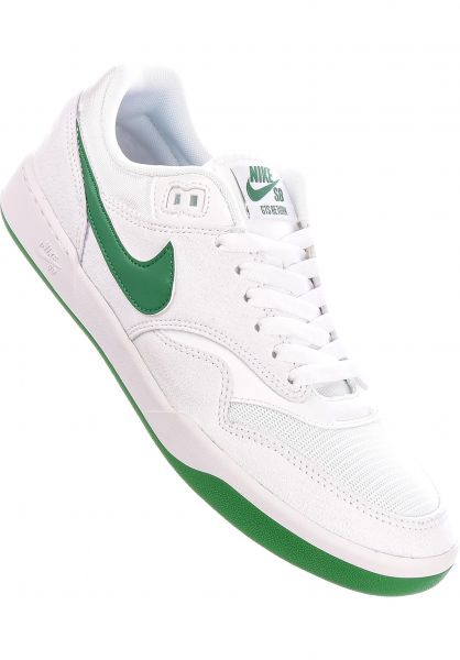 Nike SB Alle Schuhe GTS Return white-pinegreen-white vorderansicht 0604781
