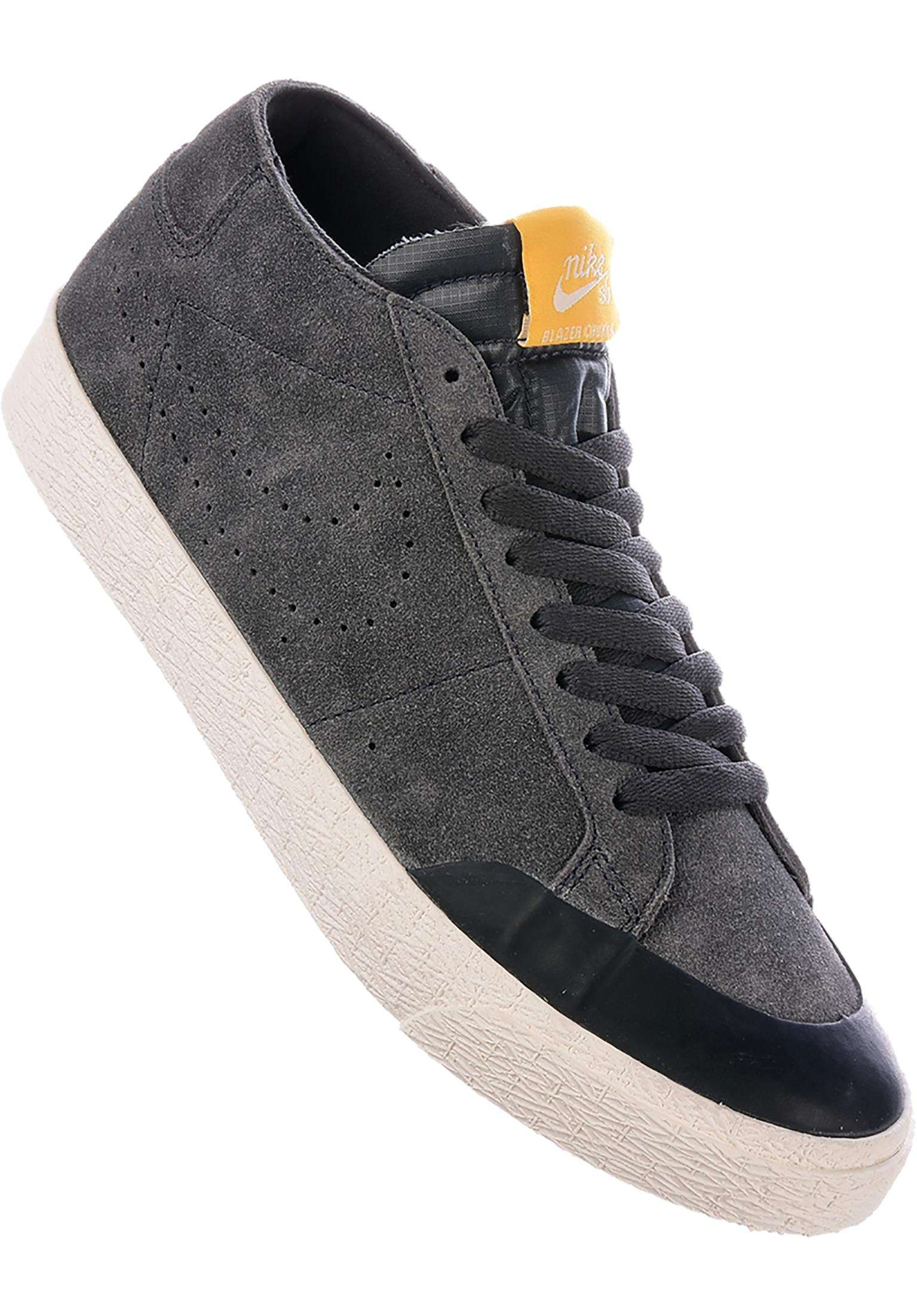 86a55f49c7c Zoom Blazer Chukka XT Nike SB All Shoes in anthracite-anthracite for Men