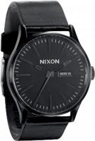 Nixon-Huete-The-Sentry-Leather-allblack-Vorderansicht