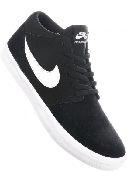size 40 abaef 473cf Nike SB Alle Schuhe Solarsoft Portmore II Mid black-white Vorderansicht