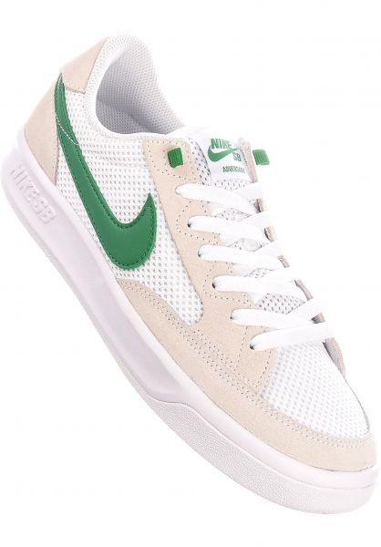 Nike SB Alle Schuhe Adversary white-pinegreen-white vorderansicht 0604784